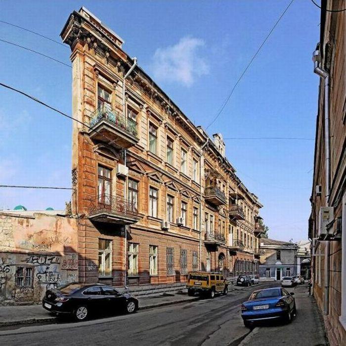 Иллюзия в Одессе: Плоский дом